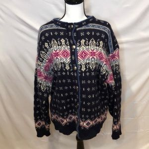 LL Bean Freeport Maine cardigan sweater. Size L.
